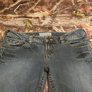 Maurice's jeans